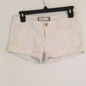Abercrombie low rise white shorts
